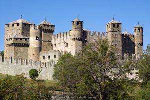 vacanze in valle d'aosta, castelli,