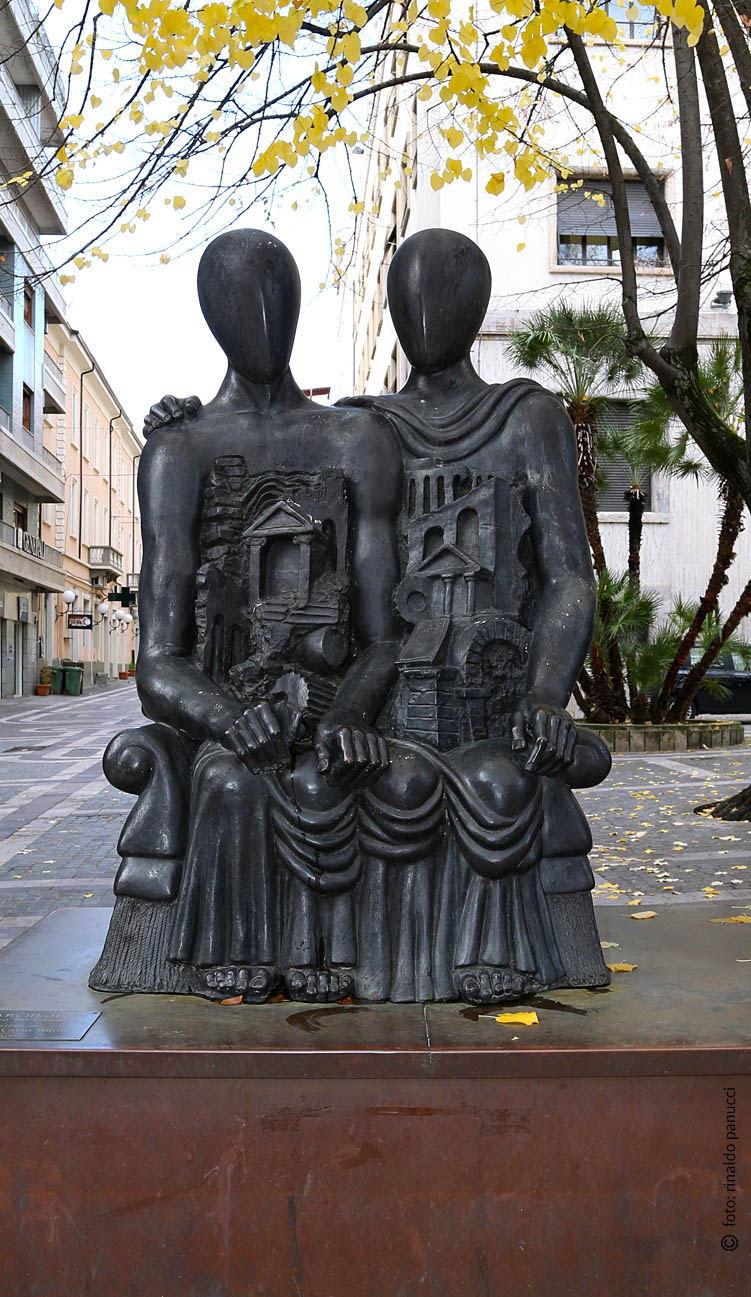 MAB Cosenza - I Due Archeologi. Di Giorgio De Chirico.