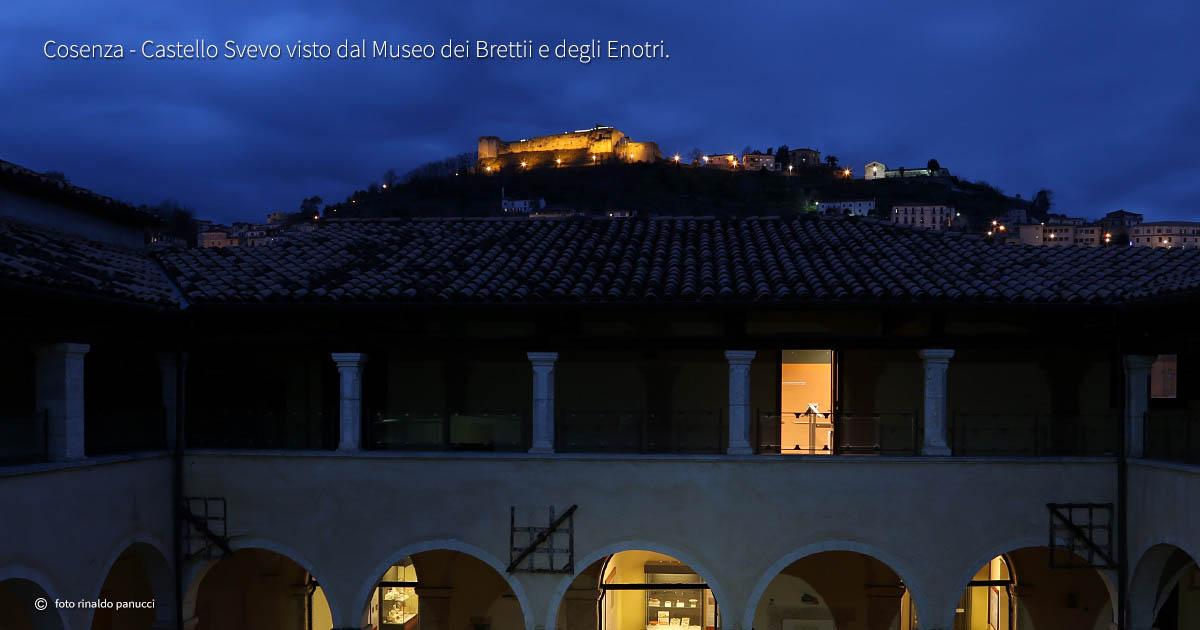 Castello Svevo di Cosenza, sul colle Pancrazio, visto dal Museo dei Brettii e degli Enotri.