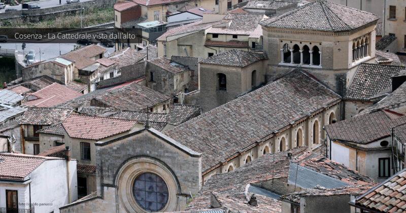 Cattedrale di Cosenza vista da Portapiana.