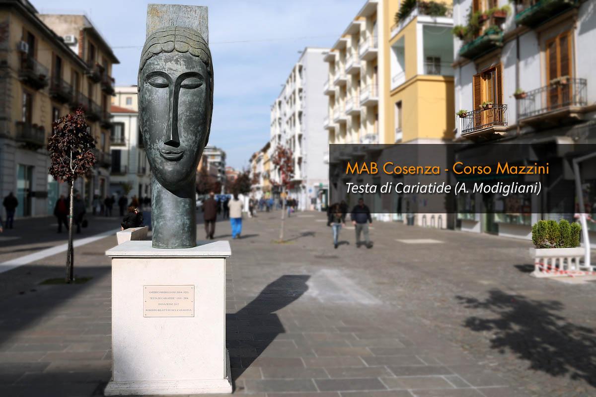 Musei di Cosenza - MAB, Testa di Cariatide, di Amedeo Modigliani. Su Corso Mazzini.