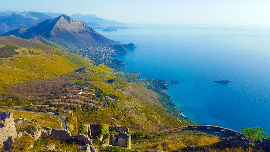 Maratea, vista panoramica della costa.