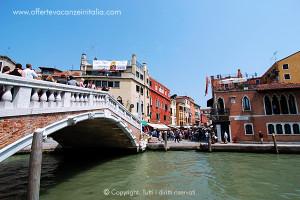 Venezia, ponte delle guglie.