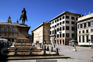 vacanze a genova, piazza, garibaldi,