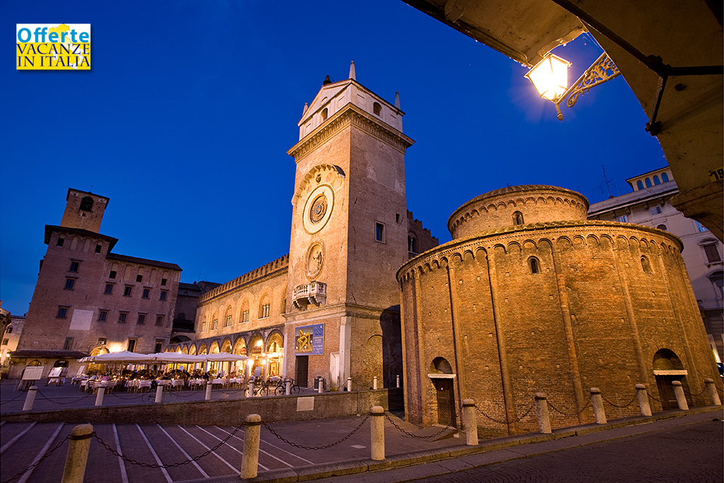 mantova, torre dell'orologio, rotonda san lorenzo, lombardia,