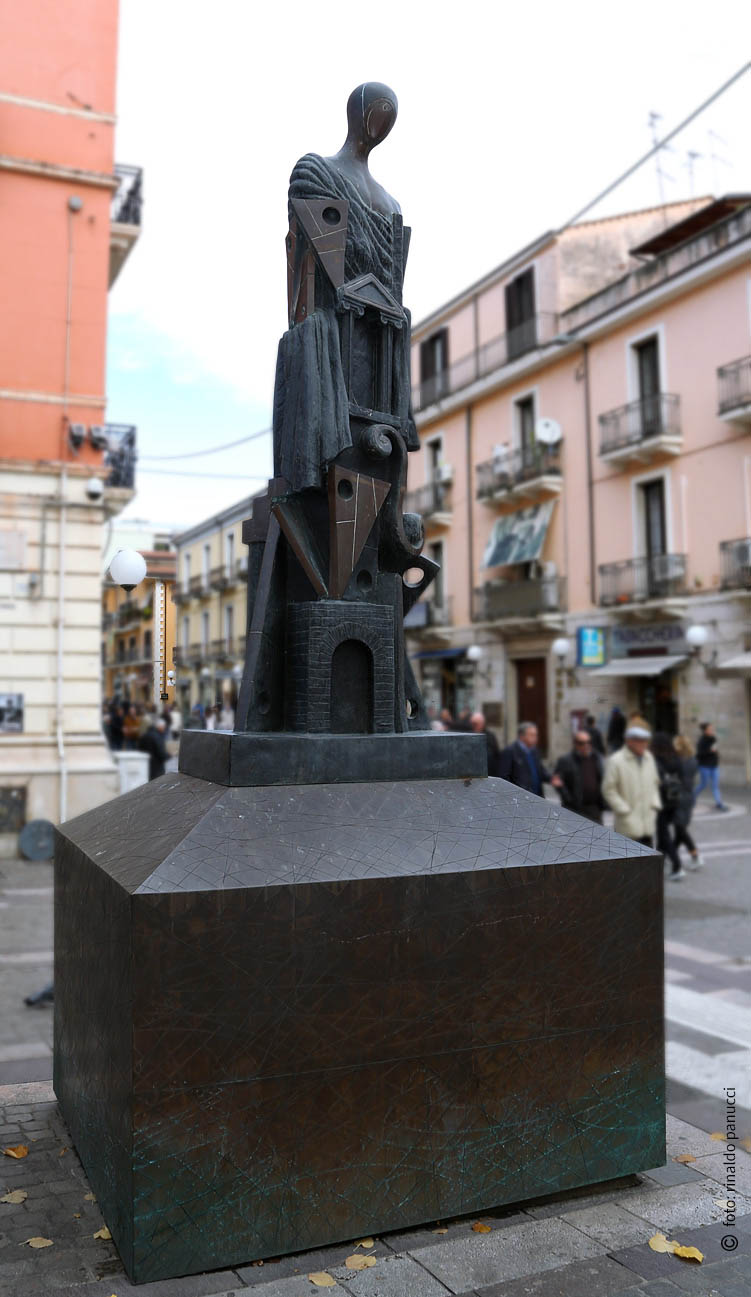 MAB Cosenza - Grande Metafisico. Di Giorgio De Chirico.