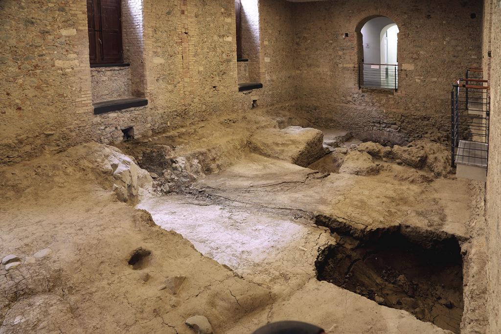 Biblioteca Nazionale di Cosenza, scavi archeologici.