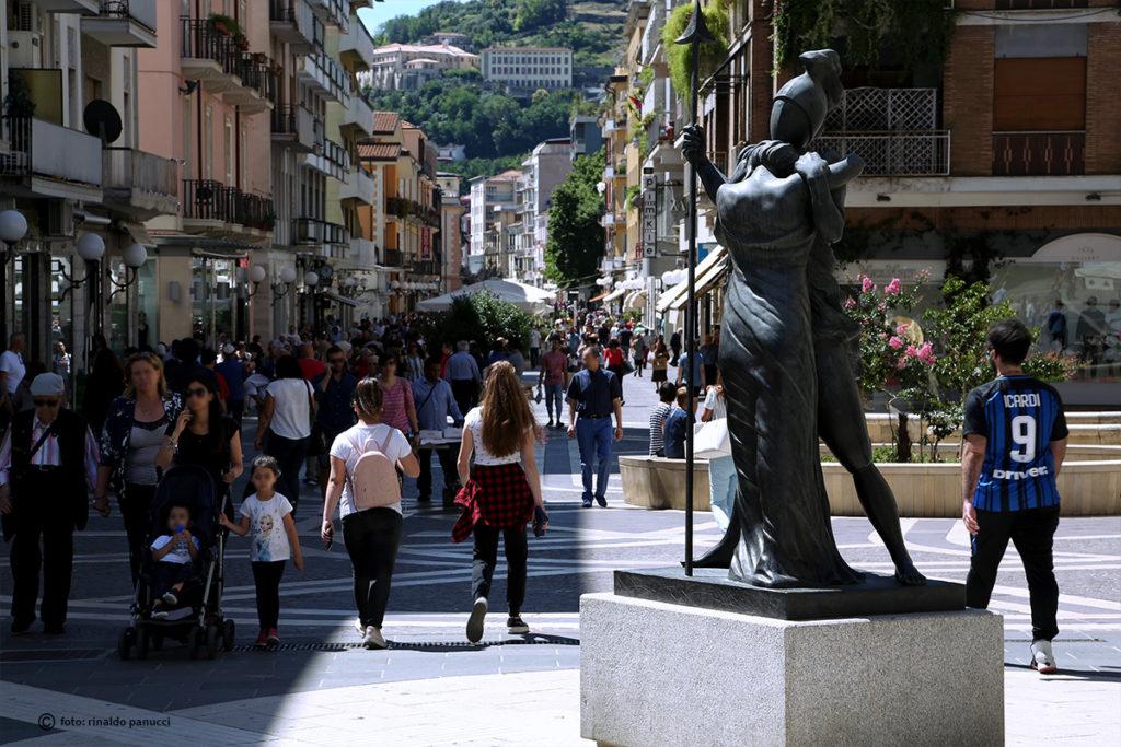 Cosenza: isola pedonale di Corso Mazzini.
