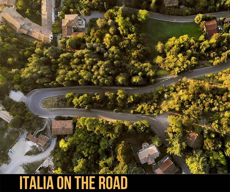Italiani in vacanza on the road